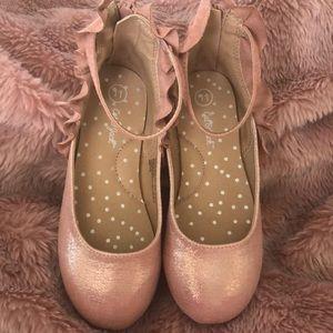 Cat & Jack Obie Pink Metallic Ballet Flats Size 11